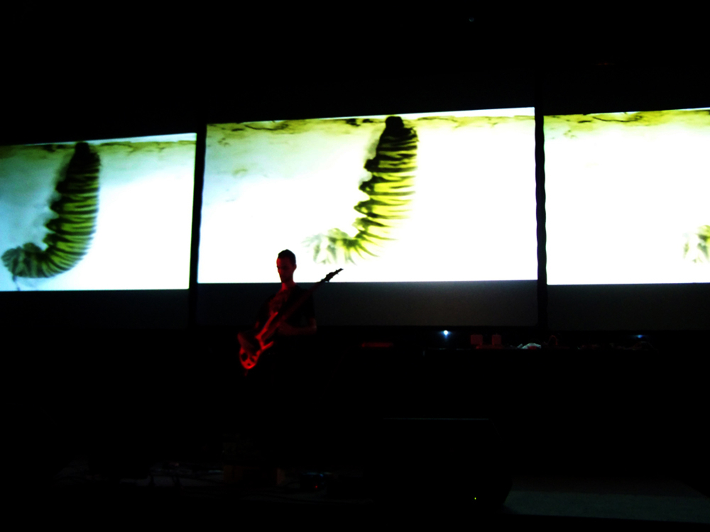 Marco Donnarumma - I C::ntr::l Nature Audiovisual Sound Art